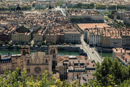 Lyon Old District : Customizable walking tour